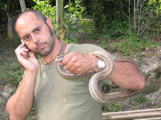 cattura serpenti e reintroduzione in ambiente naturale